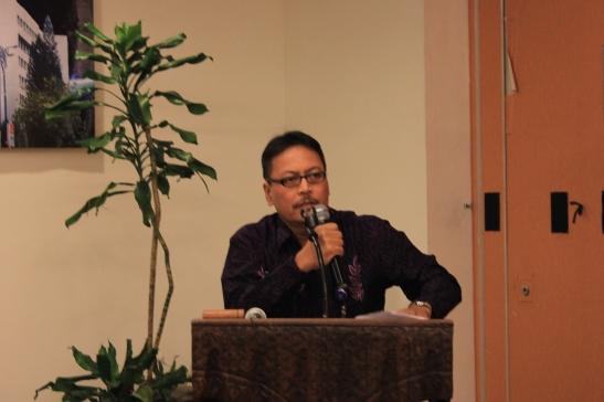 Kepala Biro Umum, Bapak Djoko Pudjirahardjo menutup kegiatan sosialisasi siMAYA pada tanggal 26 September 2014 di Hotel Sukajadi Bandung Jawa Barat